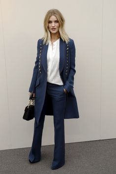 rosie-huntington-whiteley-burberry-fashion-show-in-london-2-22-2016-5.jpg (1280×1920)