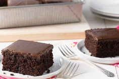 King Arthur Flour's Favorite Fudge Cake Recipe