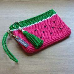 Crochet Wallet, Crochet Keychain Pattern, Crochet Storage, Crochet Purse Patterns, Crochet Pouch, Crochet Diy, Crochet Quilt, Tapestry Crochet, Crochet Stitch