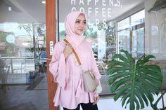 Curly strap bag, strap bag, handmade strap bag, yuri strap bag