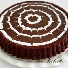 10 Minuets : Miss Thyme: Chocolate Tart Cake Easy Cake Recipes, Easy Desserts, Cookie Recipes, Dessert Recipes, Pasta Cake, Cake Decorating For Beginners, Mini Tortillas, Decadent Cakes, Recipe Mix