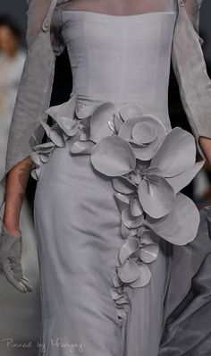 Stephane Rolland Haute Couture.