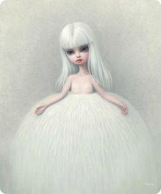 """""""Girl in a Fur Skirt"""" by MARK RYDEN             ✥    [b]ANTARKTOS    [i]No fundo do meu sonho, a ave enorme sussurrava estranhas coisas  Acerca dum cone negro no meio das imensidões polares;  Lúgubre e solitário se levanta na superfície gelada  Açoitado pelos eternos remoinhos de loucas tempestades.    Ali nenhuma forma de vida tem o seu rumo natural  E somente pálidas auroras e sóis indistintos  Luzem por sobre esse sinal de pedr"""