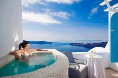 Charm Suites, small but perfectly formed suites at the lower level of an excluse complex in Santorini. Sea views, balcony, jacuzzi, depending on choices. Imerovigli Santorini, Santorini Island, Santorini Italy, Mykonos, Life Is Beautiful, Beautiful Homes, Beautiful Places, Amazing Places, Wonderful Places