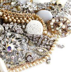Bijuterias para noivas feitas manualmente – Que tipo você escolheria para o seu casamento