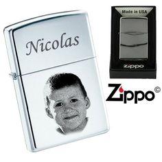 Zippo personnalisé chromé ou doré avec 1 visage Gravure Photo, Belle Photo, Zippo, Photos, How To Make, Key Pouch, Diamond, Face, Searching