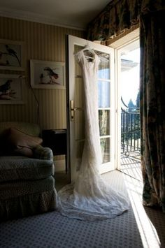Hotel Wedding, Wedding Photography, Bath, Weddings, Home Decor, Bathing, Decoration Home, Room Decor, Wedding Photos