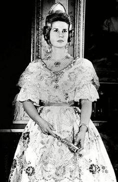 Maria del Rosario Cayetana Alfonsa Victoria Eugenia Francisca Fitz-James Stuart…