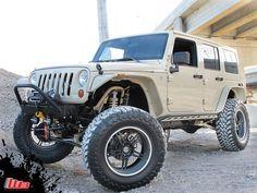 4 Door Jeep Wrangler / Crawler with 5.7ltr Hemi, 38'' Tires, Winch, Rock Guards etc