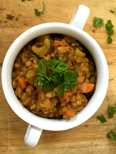 Lentil Spinach Soup: is a hearty vegetarian soup that packs a lot of protein and iron. // A Cedar Spoon