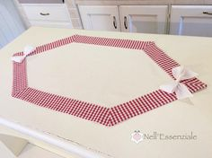 Rhombus centerpiece, table runner with customizable tips for country ...
