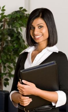 Your Interview Dress Style: Should You Suit Up? Dress code for job interview, jobseekers, career Business Professional Dress, Professional Dresses, Professional Women, Business Chic, Interview Attire, Job Interview Tips, Job Interviews, Professional Hairstyles For Women, Suit Up