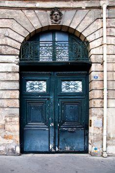 pretty Paris door.