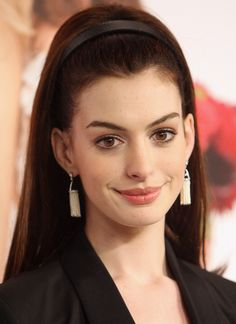 Anne Hathaway in 2009-How cute is she?!