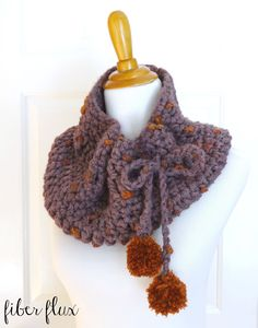 Learn how to crochet the Plum Skies Cowl with this easy tutorial! Full written pattern here: http://www.fiberfluxblog.com/2015/09/free-crochet-patternplum-sk...