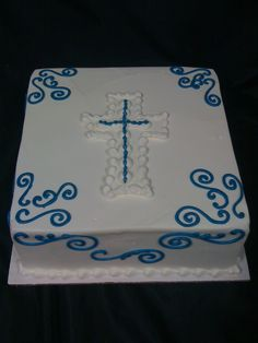 Confirmation cake - for a boy (also for baptism or communion) Boy Communion Cake, First Communion Party, Christening Cake Boy, Christening Photos, Bible Cake, Dora Cake, Cross Cakes, Religious Cakes, Confirmation Cakes