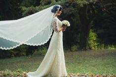 Last minute offer! Book your August wedding at Holiday Inn Sofia and receive a free menu for every guest! Boho Chic, Wedding Gowns, Wedding Venues, Vestidos Color Rosa, August Wedding, Amazing Weddings, Glamour, Bridal, Celebrity Weddings