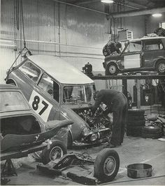 Vintage photo at Mini Works. Feckin' cool.