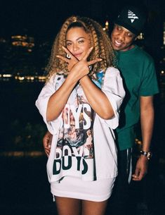 Beyonce and jay z Style Beyonce, Beyonce Et Jay Z, Beyonce Knowles Carter, Jay Z Solange, Beyonce Hair Color, Beyonce Album, Beyonce Photos, Black Couples Goals, 90s Fashion
