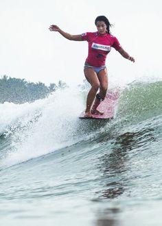 old school longboard surfing :)