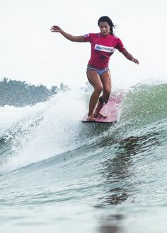 Kelia Moniz wins her second consecutive ASP World Longboard Championship...find out more on the blog!