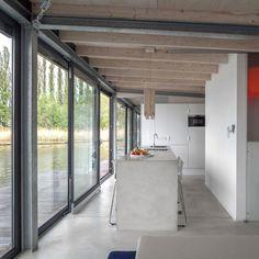 A Modern Houseboat In Berlin | Yatzer