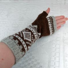 Crochet Pattern, Knit Crochet, Knitting Patterns, Knitting Charts, Knitting Stitches, Fingerless Mittens, Fair Isle Knitting, Knitting Projects, Arm Warmers