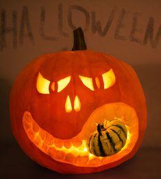 Halloween Men, Halloween 2020, Halloween Pumpkins, Happy Halloween, Halloween Party Invitations, Pumpkin Carving, Pumpkin Pumpkin, Holiday, How To Make