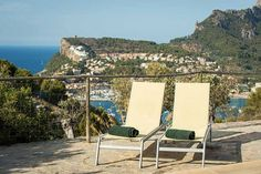 fincahotels.com: Kleine Hotels am Strand Mallorca buchen Hotel Am Strand, Outdoor Furniture, Outdoor Decor, Vacation Trips, Sun Lounger, Fitness Workouts, Places, Travel, Crutch