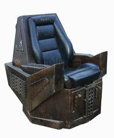 Klingon Empire, Star Trek Klingon, Everything And Nothing, Halloween Themes, Sci Fi, Star Wars, Cool Stuff, Stars, Chair