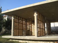 Gallery - In 4 Days, 100 Volunteers Used Mud and Reeds To Build This Community Center in Mexico - 35
