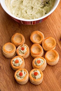 Appetizer Dishes, Appetizers, Amazing Food Decoration, Vol Au Vent, Good Food, Yummy Food, Holiday Recipes, Cravings, Deserts