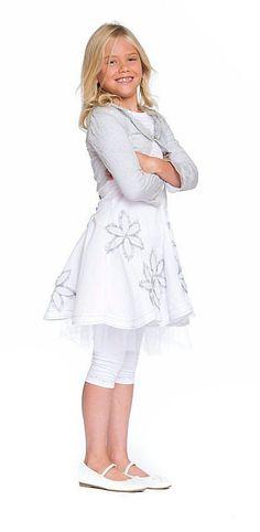 b3c9026f7290d6 8 beste afbeeldingen over Communie kleding - Dresses of girls