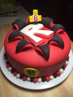 (1) Twitter Roblox Birthday Cake, Roblox Cake, 9th Birthday Cake, Lego Birthday Party, Boy Birthday Parties, Birthday Ideas, Its My Bday, Cakes For Boys, Piece Of Cakes
