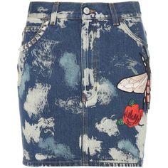 Gucci Bleached Denim Skirt (74.510 RUB) ❤ liked on Polyvore featuring skirts, denim daze, kirna zabete, kzloves, pocket skirt, high-waist skirt, gucci, bee skirt and high rise skirts