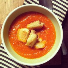 The only supper that's sensible on a snowy night: tomato soup with grilled cheddar cheese croutons. Canadian Cheese, Tomato Soup, Simple Pleasures, Cheddar Cheese, Soups, Curry, Fruit, Night, Cooking