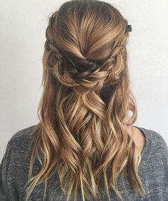HALF  U P ✨ look created by @hairbylindseypruitt @hairbylindseypruitt ✨ #braidgoals #beyondtheponytail