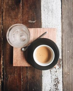 Hey!  Today we are featuring our Direct Trade Guatemala Las Maria coffee on espresso!  Check out some shots of the farm over at @dosninascoffee - we're loving the balanced mealtimes of this coffee!
