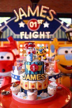 Super wings birthday cake
