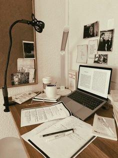 Work Motivation, School Motivation, Study Areas, Study Space, Study Room Decor, Study Organization, Study Hard, Study Inspiration, Studyblr