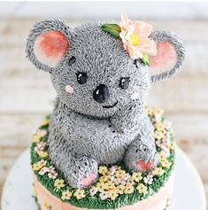 22nd Birthday Cakes, Animal Birthday Cakes, Beautiful Birthday Cakes, Animal Cakes, Pretty Cakes, Cute Cakes, Bolo Cake, Crazy Cakes, Cute Desserts