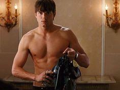 Hot Man Ashton Kutcher    http://www.eashtonkutchercamera.com/category/movies/