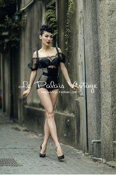 Le Palais Vintage Wear - dreamgirl lingerie, under where intimates, valentines lingerie *ad Lingerie Vintage, Belle Lingerie, Sexy Lingerie, Beautiful Lingerie, Lingerie Underwear, Moda Rockabilly, Rockabilly Fashion, Retro Fashion, Vintage Fashion