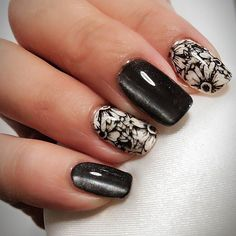 #ネイル #セルフネイル #ジェルネイル #冬ネイル #ネイルデザイン #スタンピングネイル #春の歌 #キャットアイ #マグネットネイル  #nails #naildesigns #selfnail #nailart #stampingnailart #magnetnails #美甲