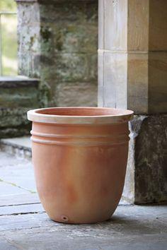 Belricetto Round Planter // Great Gardens & Ideas