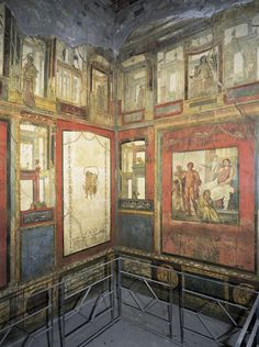 Fourth Style paintings, ca. 70-79 CE House of the Vettii, Pompeii Early Imperial