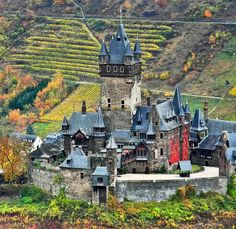 Reichsburg Cochem in Cochem | 18 German Castles That Put Disney To Shame