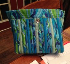 Strip Purse.  Love the colors in this purse, looks lie ocean scheme.  Peace, Robert from nancysfabrics.com