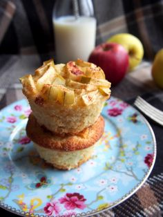 Apple Cinnamon Mini-Pies