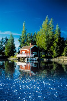 Summer cottage by a lake in Finland. Helsinki, Finland Summer, Beautiful World, Beautiful Places, Places To Travel, Places To Visit, Finland Travel, Haus Am See, Lappland